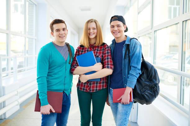 Як заробити на курсових і дипломних роботах студенту?